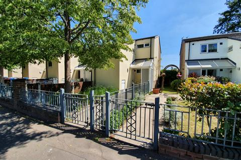 1 bedroom apartment to rent - Bradford Road, Manchester, M40