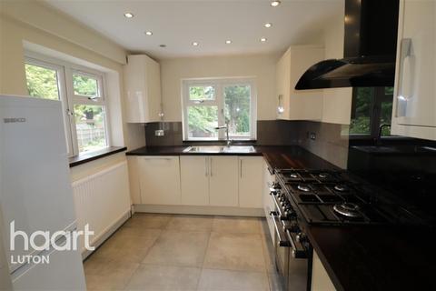 3 bedroom semi-detached house to rent - Carlton Crescent, Luton