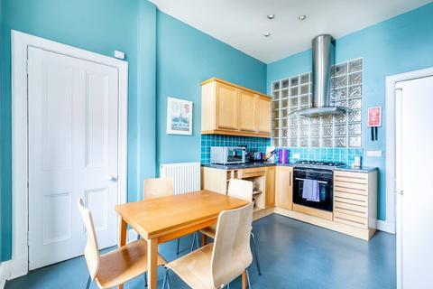 2 bedroom flat to rent - Bruntsfield Place, Edinburgh, EH10 4EQ