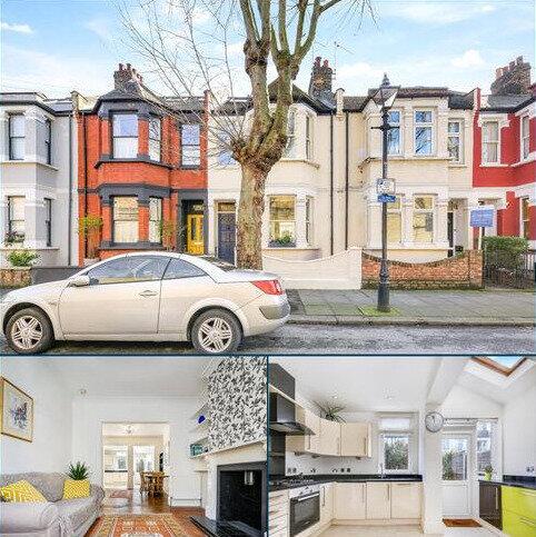 3 bedroom terraced house for sale - Wrexham Road, Bow, London, E3