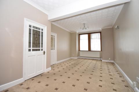 3 bedroom terraced house to rent - Balgowan Street London SE18