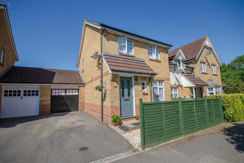 3 bedroom semi-detached house for sale - Guest Avenue, Emersons Green, Bristol, BS16 7DA
