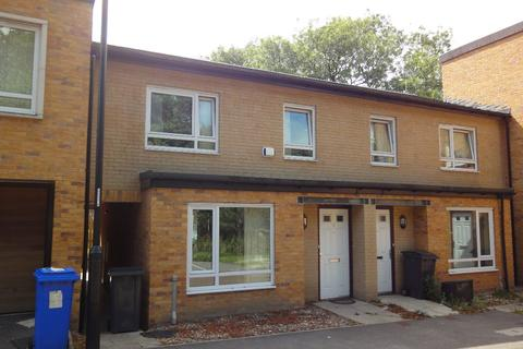 3 bedroom terraced house to rent - 19 Beeches Hollow