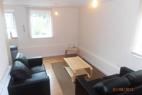 3 bedroom flat to rent - Flat 1 Broom Street