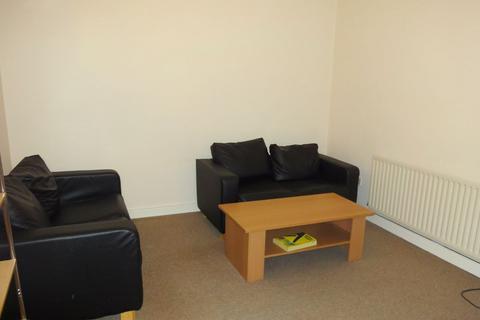 3 bedroom flat to rent - 341a Glossop Road
