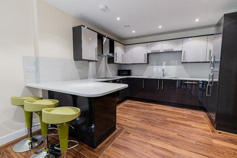 3 bedroom apartment to rent - 2 Ecco