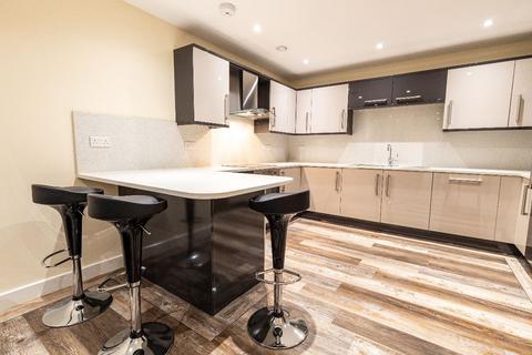 3 bedroom apartment to rent - 13 Ecco