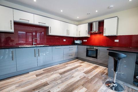 3 bedroom apartment to rent - 30 Ecco