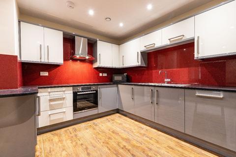 3 bedroom apartment to rent - 34 Ecco