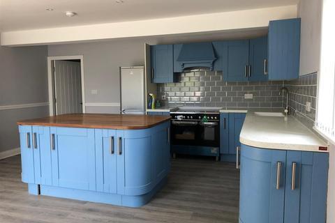 1 bedroom flat to rent - Kirkstall Road, Leeds, LS4 2DS
