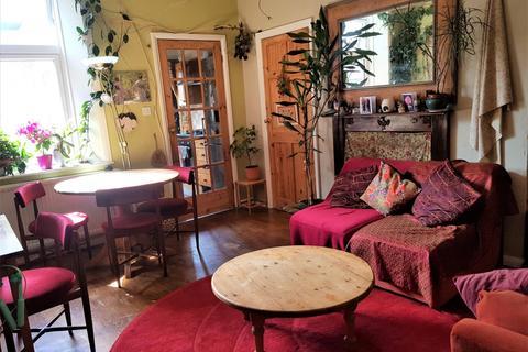 2 bedroom flat to rent - Mowbray Street, HEATON NE6