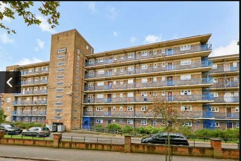 3 bedroom flat to rent - Wooldridge Way, Loddiges Road, Homerton, E9