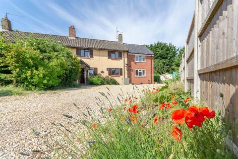 4 bedroom semi-detached house for sale - Stiffkey
