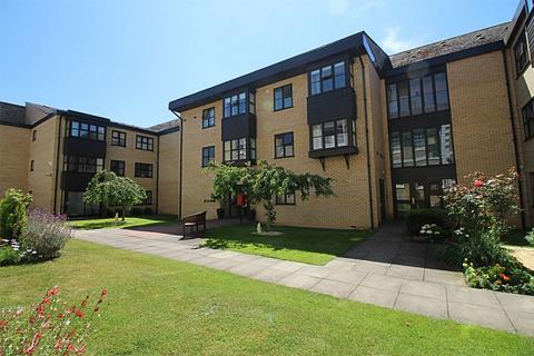2 bedroom flat for sale - Millfield Court, Huntingdon