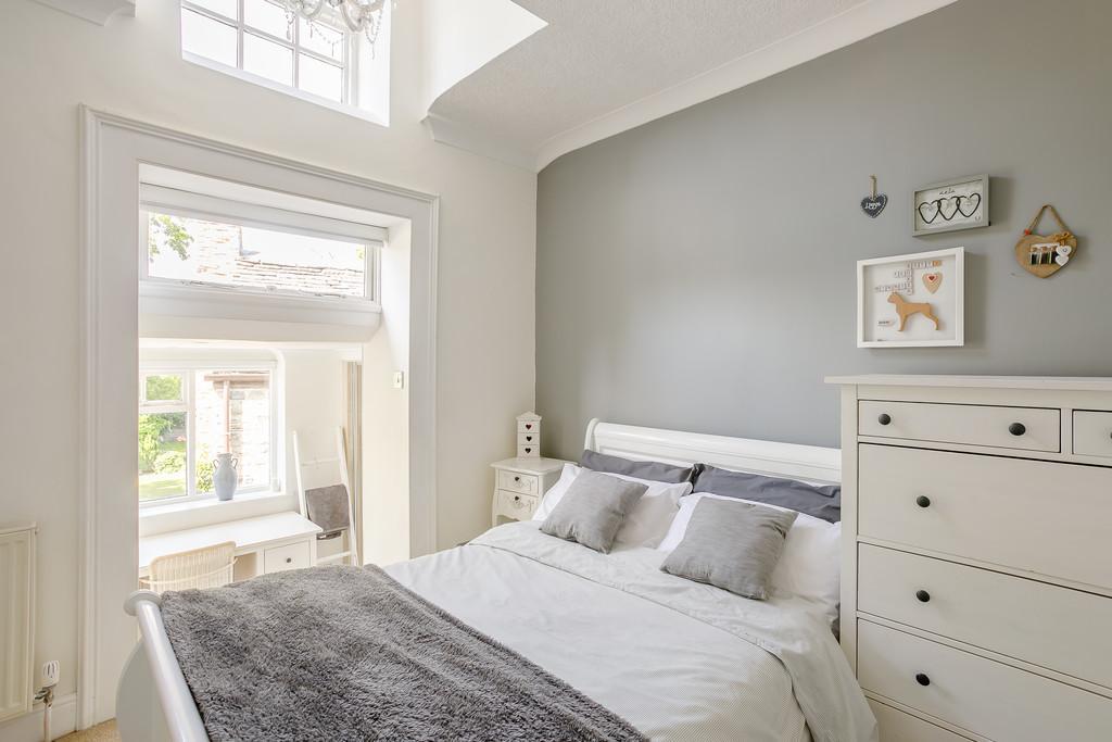 Grove House Bedroom 2