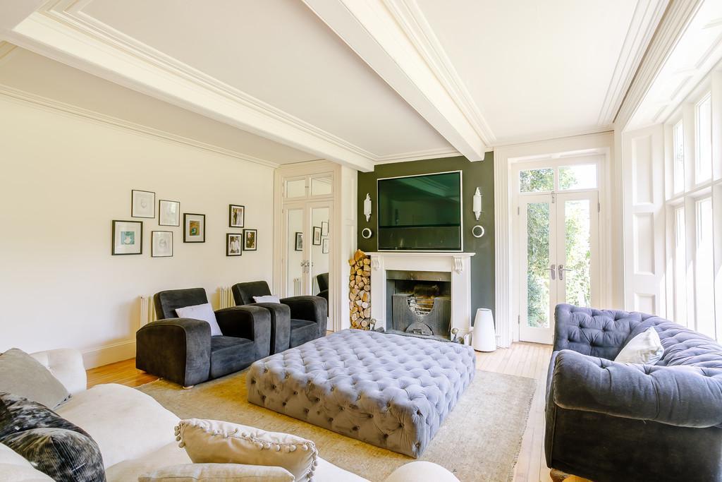 Grove House Lounge
