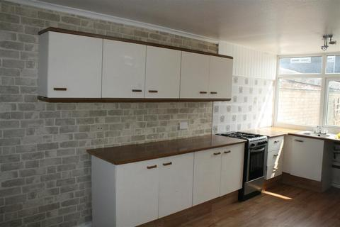3 bedroom semi-detached house to rent - Cuffling Drive, Leicester