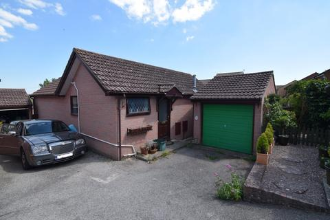 2 bedroom detached bungalow for sale - Nightingale Drive, Weymouth