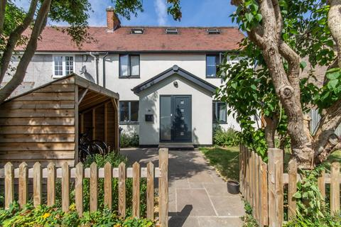 4 bedroom semi-detached house to rent - Hinton Avenue, Cambridge