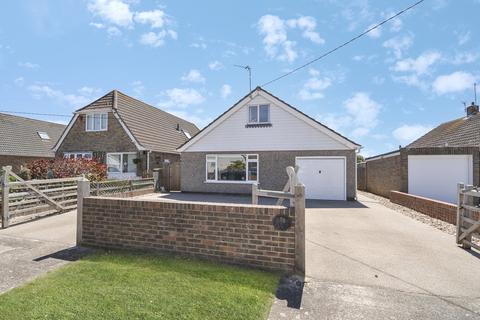 4 bedroom detached bungalow for sale - Seaview Road, Greatstone
