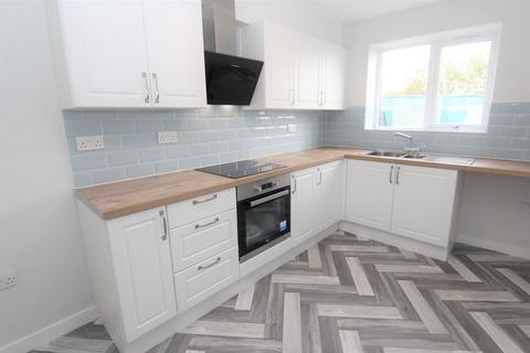 3 bedroom townhouse to rent - Ashton Hill Lane, Droylsden