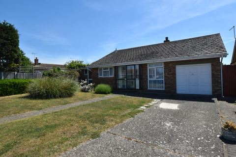 3 bedroom detached bungalow for sale - Eastchurch Road, Palm Bay
