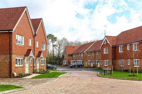 3 bedroom detached house for sale - Willowbrook, Elmbridge Road, Cranleigh, Surrey, GU6