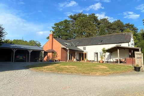 4 bedroom equestrian property for sale - Edge, Malpas