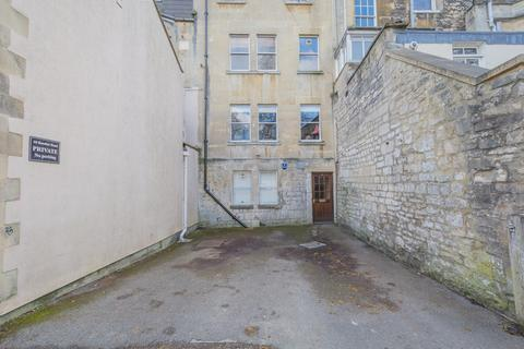 Parking to rent - Rossiter Road, Bath - Parking space