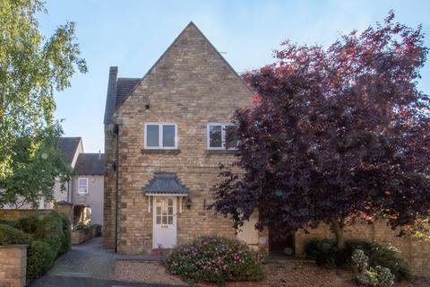 3 bedroom terraced house to rent - Wothorpe Mews, Stamford