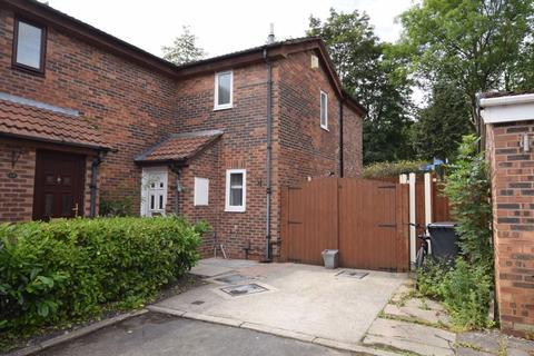 4 bedroom semi-detached house for sale - Chiswick Close, Runcorn