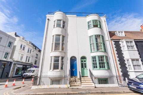 6 bedroom house to rent - Marlborough Place, Brighton