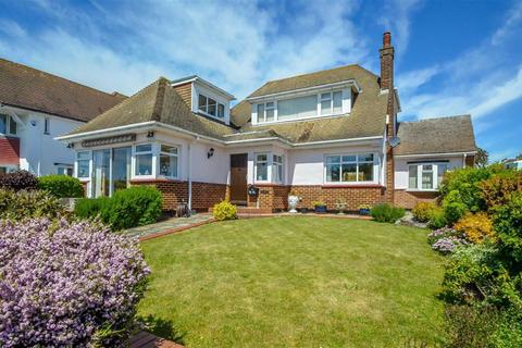 3 bedroom bungalow for sale - Marine Parade, Leigh-on-sea, Essex