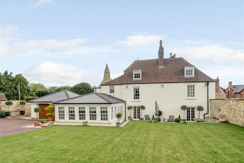 5 bedroom house for sale - Eastgate, Lincoln