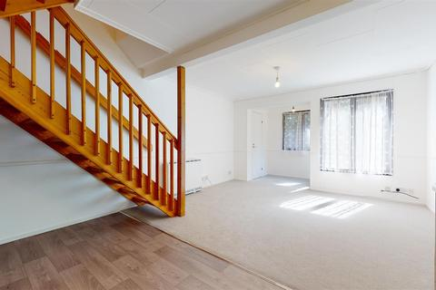 1 bedroom terraced house for sale - Aspen Close Staines Middlesex