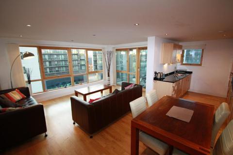 2 bedroom flat to rent - McClintock House, Leeds Dock