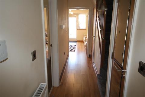4 bedroom house for sale - Bison Court, Woodland Park West, Colwyn Bay