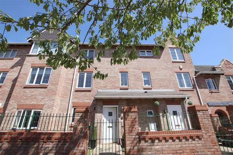 3 bedroom townhouse for sale - Great Oak Drive, Altrincham