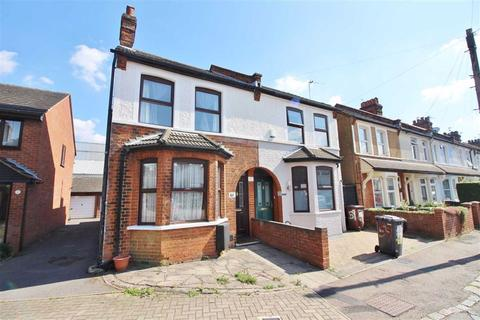 3 bedroom end of terrace house to rent - Clarendon Road, Borehamwood, Herts