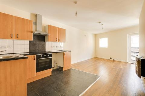 2 bedroom apartment to rent - Gladstone Street, Forest Fields, Nottingham, NG7 6HY