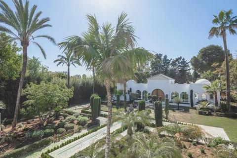 7 bedroom villa - Guadalmina Baja, Marbella, Malaga