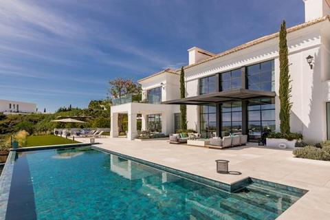6 bedroom villa - Los Flamingos Golf, Benahavis, Malaga