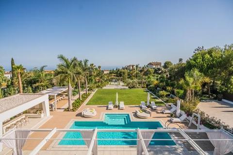 8 bedroom villa - Cascada de Camojan, Marbella, Malaga