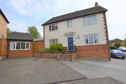4 bedroom detached house for sale - CRAMSWELL CLOSE, HAVERHILL CB9