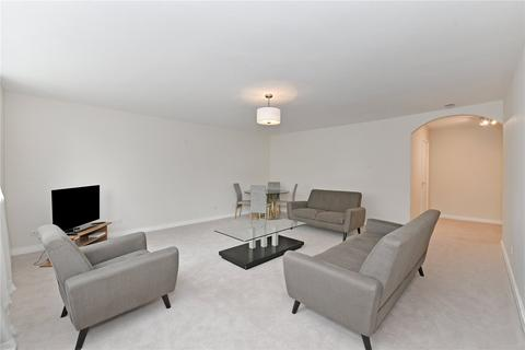3 bedroom flat to rent - The Quadrangle, Southwick Street, London
