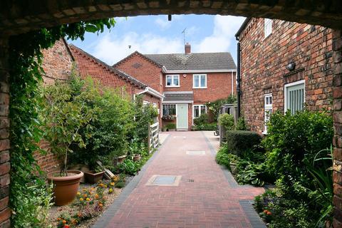 6 bedroom detached house for sale - Heathren Way & Church View Cottage, Main Street, Hemingbrough