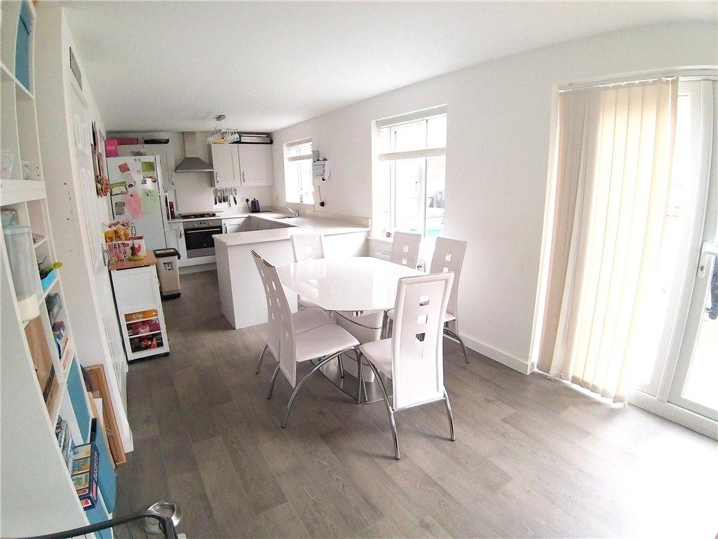 Family Kitchen