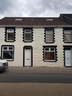 2 bedroom apartment to rent - Queens Square Court, 247/248 East Road, Tylorstown