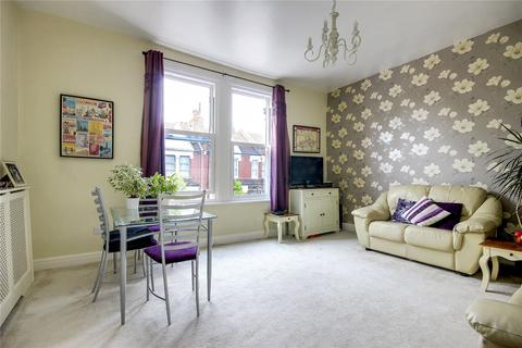 2 bedroom apartment for sale - Whittington Road, Bowes Park, London, N22
