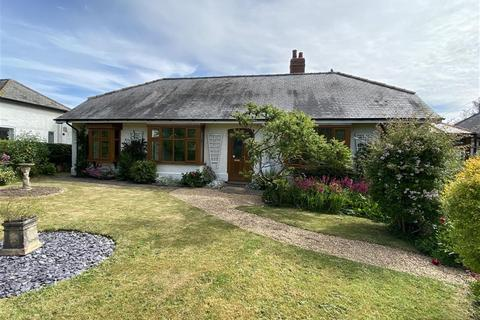3 bedroom bungalow for sale - Grimsby Road, Louth, LN11 0DZ
